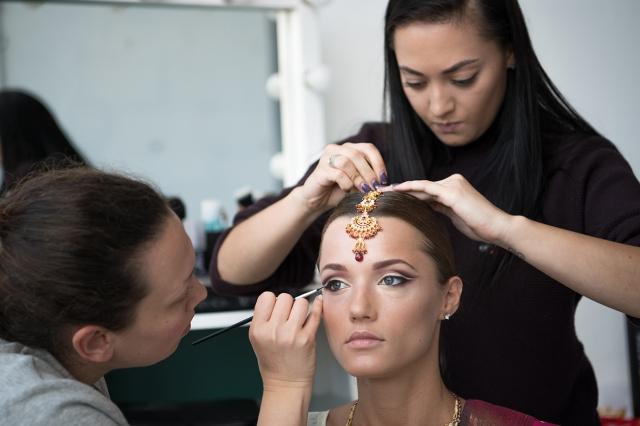 © Aivar Pihelgas -  Make-up, aksessuaarid ja soeng.